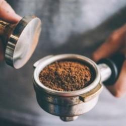 caffè tostato macinato per moka Caffè del Professore  forte e corposo, soave e dolce